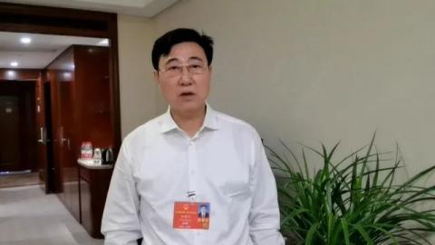 兴达钢帘线刘锦兰代表:发展数字经济促就业,不能一遇困难就想裁员